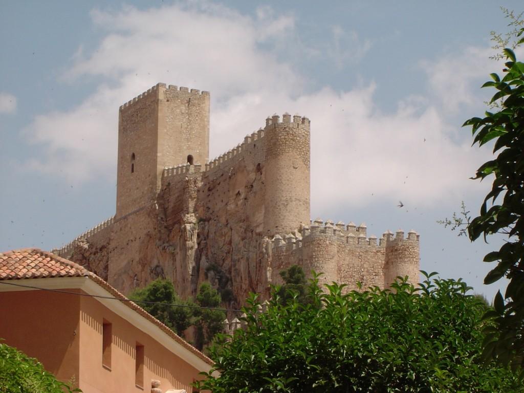 Castillo de Almansa - Monumentos de Almansa - Hostal el Estudio