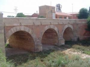 Turismo en Almansa - qué ver y cómo moverte en transporte público - Hostal el Estudio en Almansa